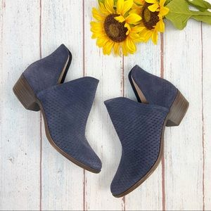 Lucky Brand Navy Blue Baley Ankle Bootie size 10